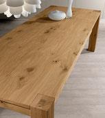 Tavolo in legno di rovere naturale