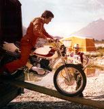 Hans Leitner auf Ossa: Mit dem Import von Ossa-Motorrädern startete BLM gleich vom Start weg mit großem Erfolg durch.