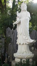 Guanyin in einem vietnamesischen Nonnenkloster in Berlin-Spandau   Foto: Weil
