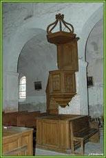 Baulne en Brie : la chaire de l'église (panneaux de bois polychromes du XVI è