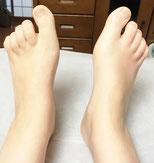 足の指が伸びてます