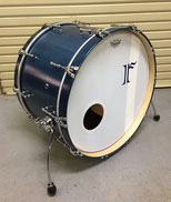 "Custom. Vintage Maple / 22""x14"" BD (MNB)"