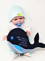 Personalisiertes Plüschtier für Spieluhr kleiner blau- weißer Wal 25cm, personalisierbare Farbe, Bestickung und Spieluhr- Melodie