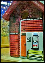 """Houten Nestkastje """"ons huis"""",  Vogelhuisje naar foto"""
