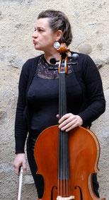 Sophie Sabourin, chanteuse, percussionniste et violoncelliste dans la compagnie Parolata Sung, Vienne 86, Nouvelle Aquitaine