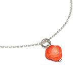 Verspielte Silberkette mit kleinem Rosenblütenanhänger aus Koralle. ein echter Blickfang für Deine zarten Sommerkleider.