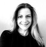 Marion, MARION, Fachkompetenz für holistische Gesundheit (AKN) / Lehrerin für Yoga