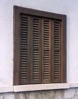CreaaTeam: Ventana con persiana de madera