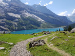 Le lac d'Oeschinen à kandersteg