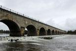 Brücke Loire Seitenkanal