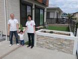 花壇、石貼り、塗壁、目隠しフェンス、アルミフェンス、人工芝、雑草防止シート(ザバーン240)、施工例