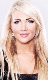 Styling / Make Up: Anna Wacker