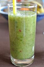 Feine Vitaminbombe - grüne Smoothies