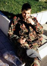 Pause beim Abverdienen des Leutnantgrades in Sion 1990