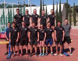 Gruppenfoto auf der Trainingsanlage in Calella