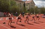 WU18 beim 100m Start