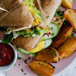 https://www.wellandgood.com/healthy-breakfast-sandwich-recipes/amp/