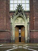 Portal der Pfarrkirche St. Vitus - Foto: HPD