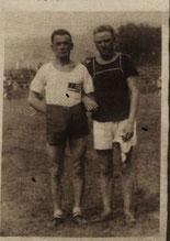 Simon Woisk 1926 (links im Bild)