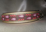 Hundehalsbänder mit Klickverschluss und Borte