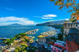 Een zeiljacht huren voor flottieljezeilen in Italie vanuit Salerno