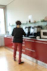 Die meisten Menschen müssen zu früh zur Arbeit: Kaffee ist gut, aber nicht die Lösung des Problems