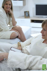 Leichter Bio Sauna Bademantel Damen kurz Wellnessmantel Saunakilt