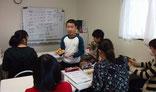 塾の小学生が給仕をお手伝いしてくれました。