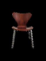 chaise vintage,chaise scandinave, chaise danoise,deco,decoration vintage, decoration scandinave, mobiler danois, mobilier vintage, mobilier scandinave, meubles scandinaves,meubles vintages,le marais,designer jacobsen,danish, antiquites,paris,nordik market