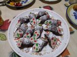 カンノーリというイタリアのお菓子
