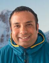 Krishna Basnet von Himalaya Tours