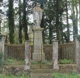 Statue du Sacré Coeur de la Ballière