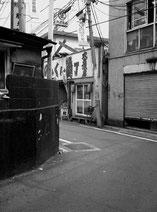 東京写真路地裏写真 曲がり角