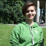 Die B-Jugendliche Lea Schäfer kommt als Flügelflitzer zum TuS Altwarbüchen.