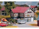 """Gasthaus """"Schwarzes Roß"""", Plastik-Modellbausatz der Firma PIKO, 61811"""