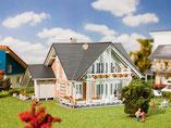 Einfamilienhaus Prestige, Plastik-Modellbausatz der Firma Faller, 130394