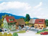 Bauernhof, Plastik-Modellbausatz der Firma Faller, 130276