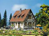 Fachwerkhaus Einfamilienhaus, Plastik-Modellbausatz der Firma Faller, 130219