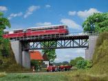 Fachwerkbrücke, Plastik-Modellbausatz der Firma Auhagen, 11364