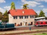 Bahnhof Neufeld, Plastik-Modellbausatz der Firma Faller, 131288
