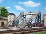 Fußgängerbrücke, Plastik-Modellbausatz der Firma Auhagen, 11363