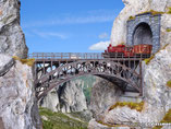 Bogenbrücke, Plastik-Modellbausatz der Firma Vollmer, 42548