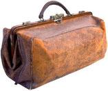 Altgediente Landarzttasche