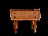 rangement vintage, meuble d'entree, meuble d'appoint,  scandinave, mobilier vintage, mobilier danois, mobilier scandinave, meubles vintages, meubles danois, nordique, confortable, chairs, antiquités, marais, paris, midcentury modern furniture, decoration