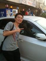 新車で登場!! いいなぁ。。。