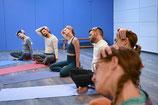 Torsten Acht Engpassdehnung Yoga Gruppe Workshop online offline