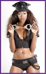 Rollenspiele, Partner verführen, Liebesspiel, Erotikshop, Rollenspiel, Kostüme für Erwachsene, Outfit Erotikshop,