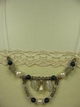 Von Herz und Hand, handgemachter romantischer Schmuck von Brigitte Helbig in Stegen, Ketten mit Perlen
