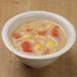 コーンとトマトの豆乳味噌汁