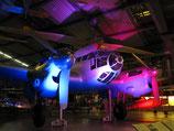 Atmosphärische Beleuchtung auf einem Firmenevent in der Flugwerft Schleissheim bei München durch Partyservice Genusskünstler